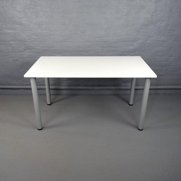 Skrivbord 140 cm