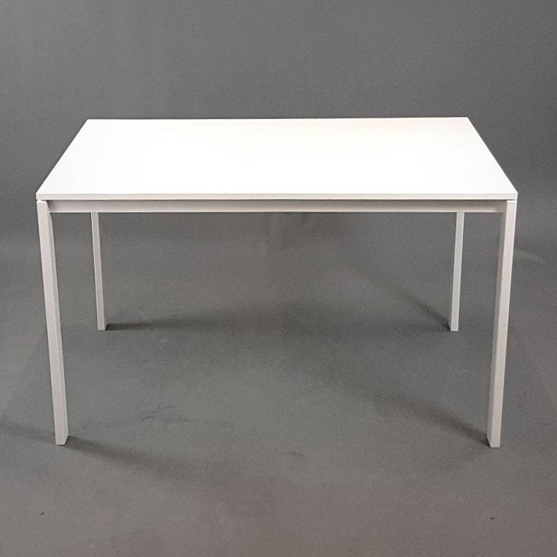 Kända Vita skrivbord 125 cm   BBS Begagnade Kontorsmöbler ZA-01
