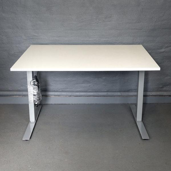 Eldrivet skrivbord 120 cm