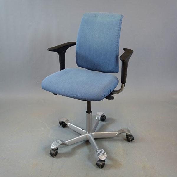 Ljusblåa kontorsstolar HÅG