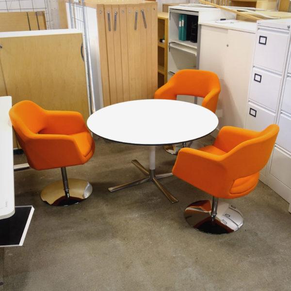 Begagnade runda bord - Begagnade fåtöljer Johanson Design Largo