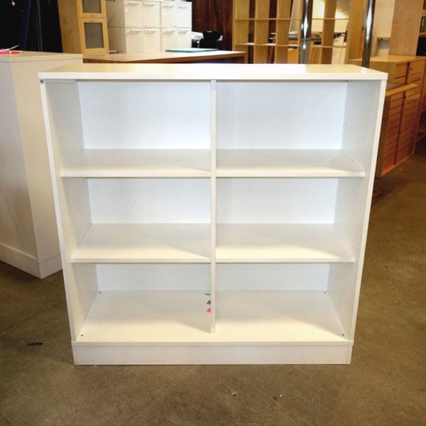 Begagnad vit förvaring SA Möbler
