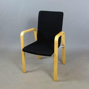 Begagnade svarta stolar Skandiform