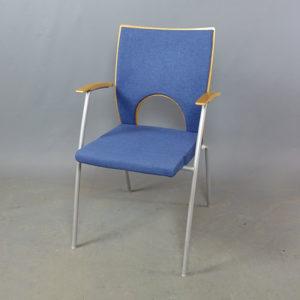 Begagnade stolar Kinnarps Yin blå