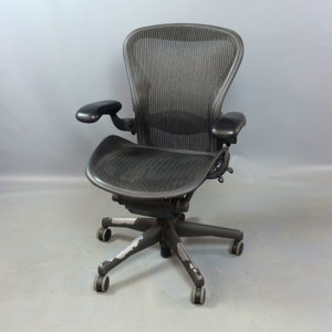 Begagnad kontorsstol Herman Miller Aeron Medium