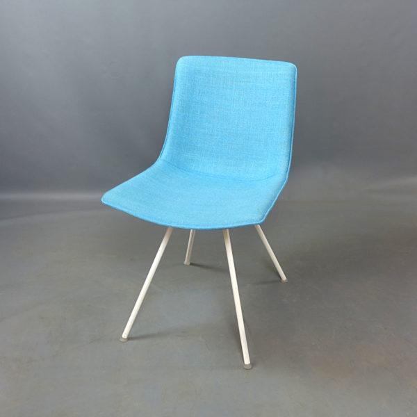 Begagnade stolar blåa