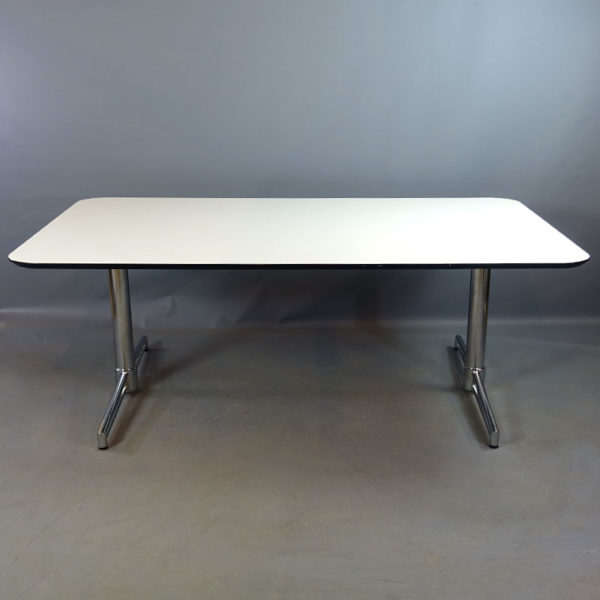 Begagnade konferensbord Johanson Design 240 cm