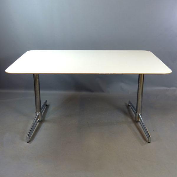 Begagnat bord Johanson Design 150 cm