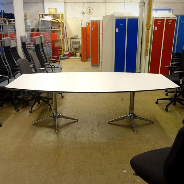Begagnat vitt konferensbord 240 cm