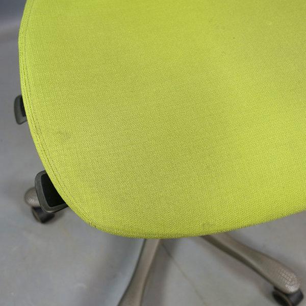 Begagnade kontorsstolar Kinnarps grön - Begagnade kontorsstolar Kinnarps orange - Begagnade kontorsstolar Kinnarps ljusblå - Begagnade kontorsstolar Kinnarps lila - Flertalet begagnade kontorsstolar Kinnarps