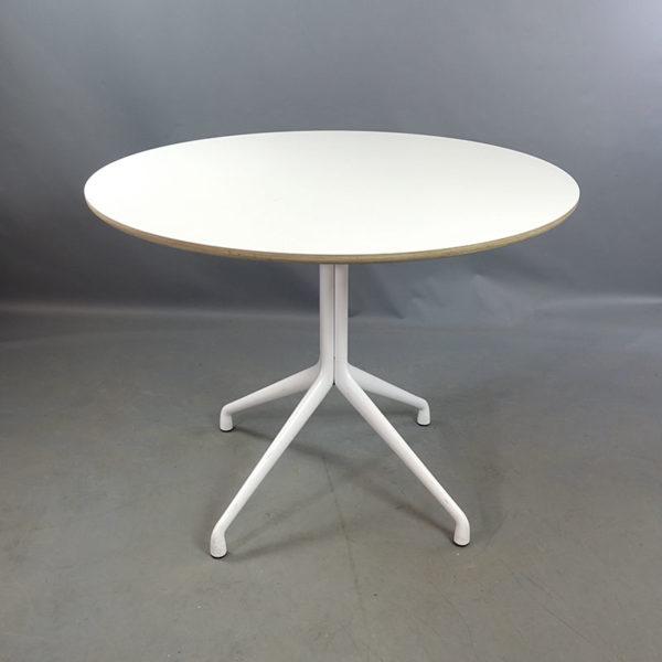 Begagnade runda cafébord 100 cm