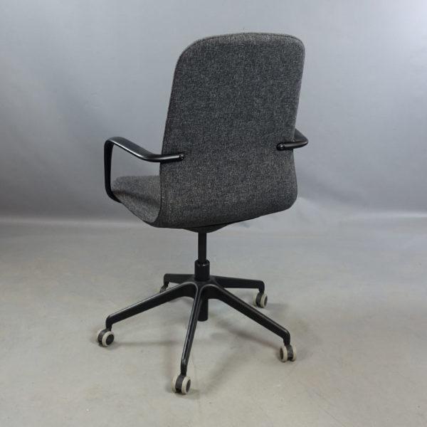 Begagnad konferensstol med hjul IKEA Långfjäll