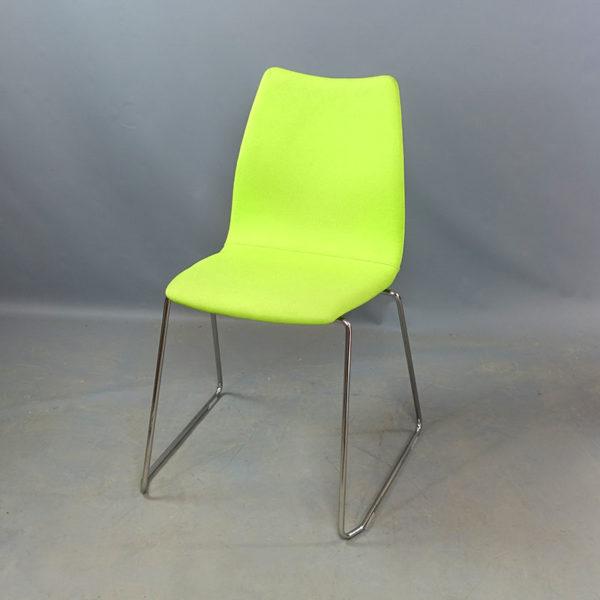 Begagnade gröna stolar