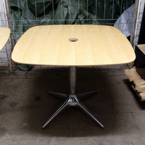 Begagnade cafébord EFG 90x90 cm