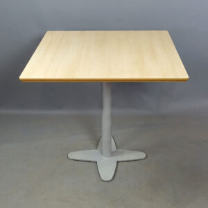 Begagnade cafébord 80x80 cm