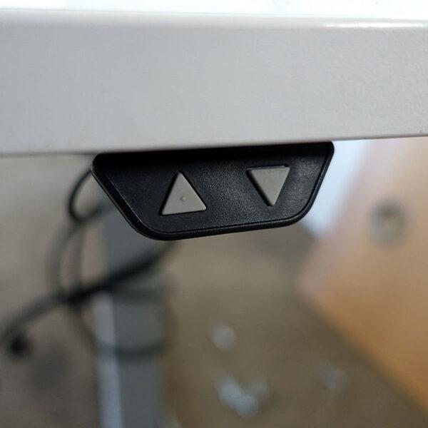 Begagnade eldrivna skrivbord SA Möbler 164x82 cm