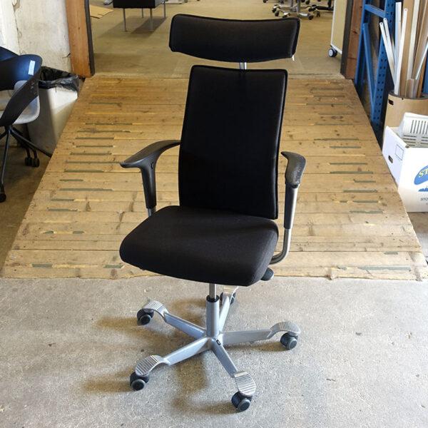 Begagnade kontorsstolar HÅG H05 med nackstöd