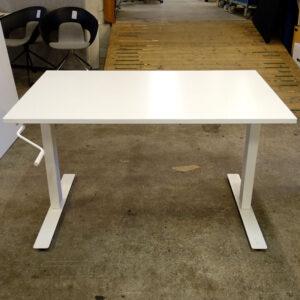 Begagnade höj- och sänkbara skrivbord IKEA Skarsta