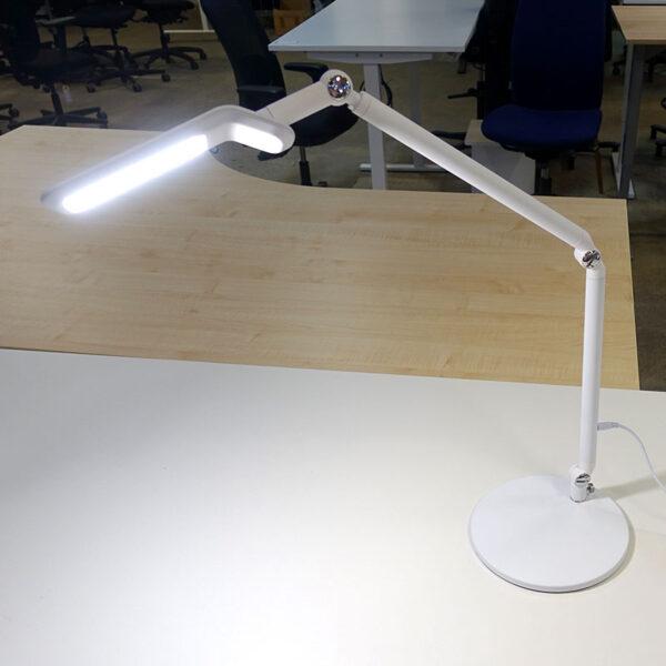 Nya skrivbordslampor LightUp