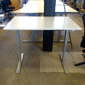 Begagnade eldrivna skrivbord Swedstyle 120x80 cm