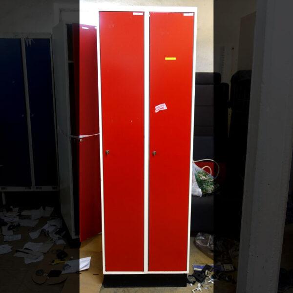 Begagnade röda klädskåp Sonesson