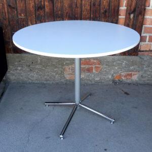 Begagnade runda cafébord Ø90 cm