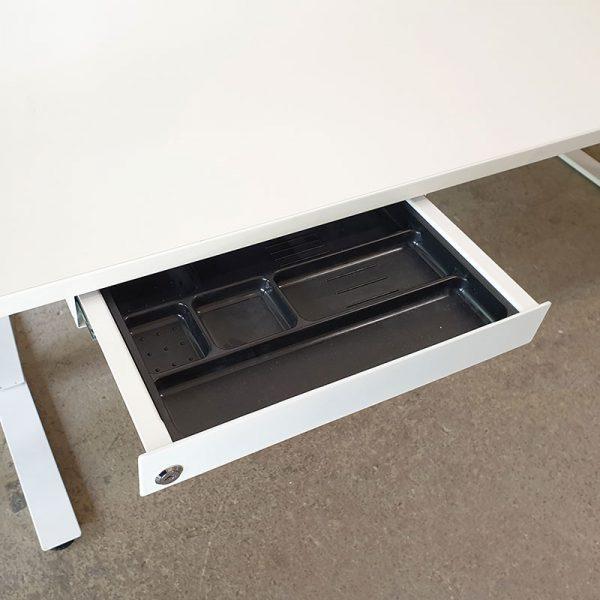Begagnade eldrivna skrivbord Edsbyn 180x80 cm
