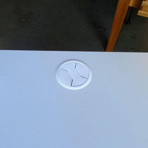 Begagnade skrivbord Kinnarps Oberon 100x80 cm