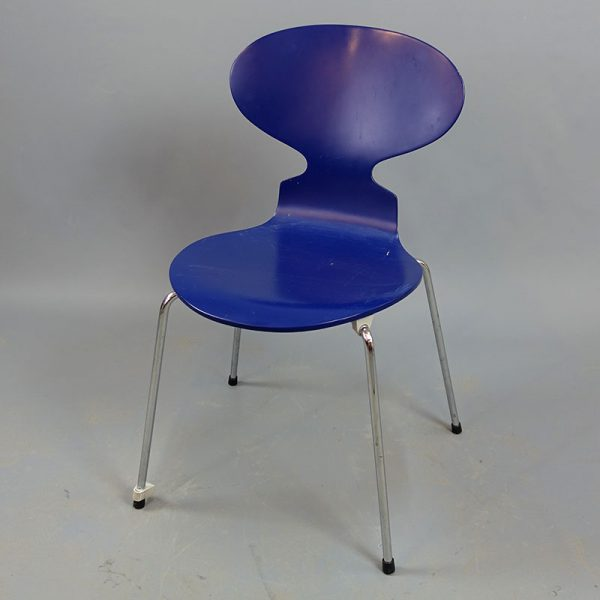 Begagnade blåa stolar Fritz Hansen