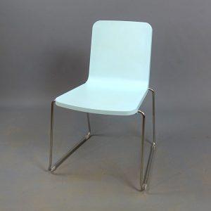 Ljusblåa stolar Skandiform Pompidoo