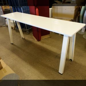 Begagnade bord Steelcase 240x60 cm