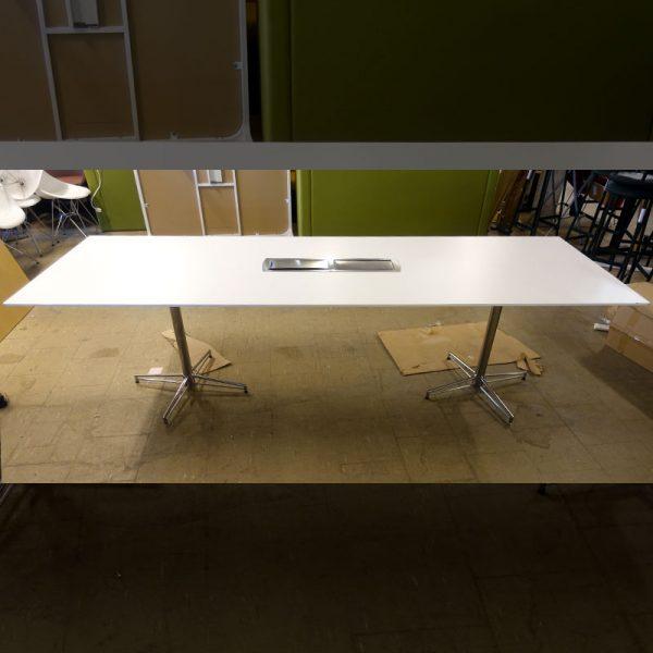 Begagnat konferensbord 260x85 cm