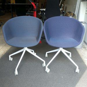 Begagnade stolar Hay med hjul