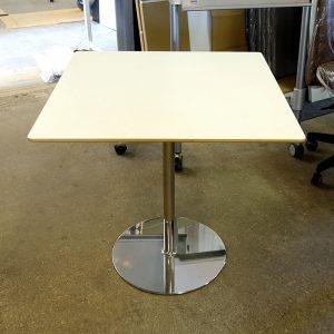Begagnat cafébord Swedese 70x70 cm