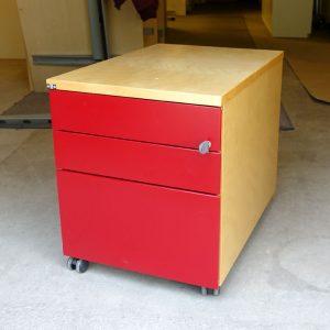 Begagnad rullhurts från EFG med röda lådor