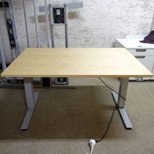 Begagnat eldrivet skrivbord Swedstyle 120x80 cm