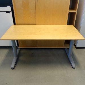 Begagnade skrivbord 120x60 cm